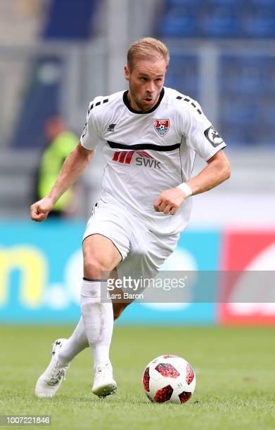 Maximilian Beister of Uerdingen runs with the ball during the 3 Liga match between KFC Uerdingen 05 and SpVgg Unterhaching at schauinslandreisenarena...