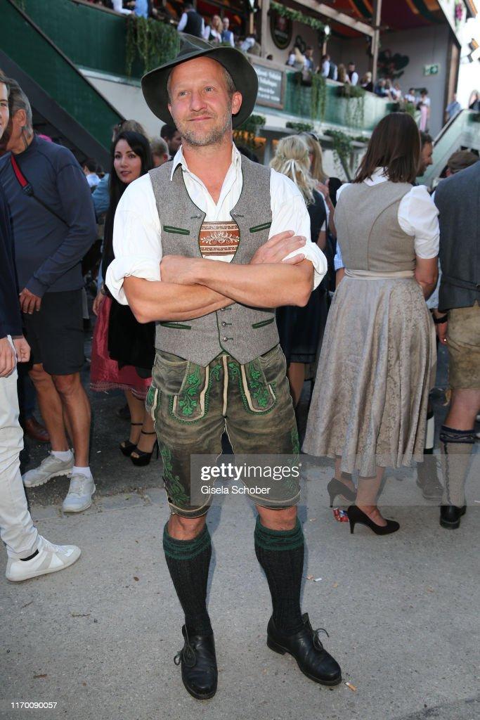 Celebrities At Oktoberfest 2019 - Day 1 : Nachrichtenfoto