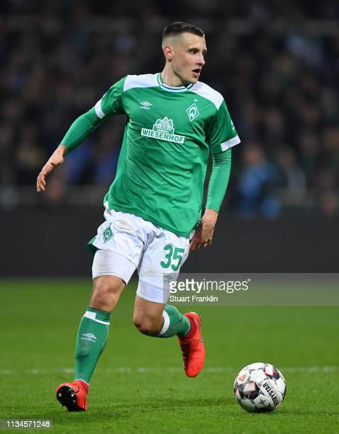Maximilian Eggestein of Bremen in action during the Bundesliga match between SV Werder Bremen and FC Schalke 04 at Weserstadion on March 08 2019 in...
