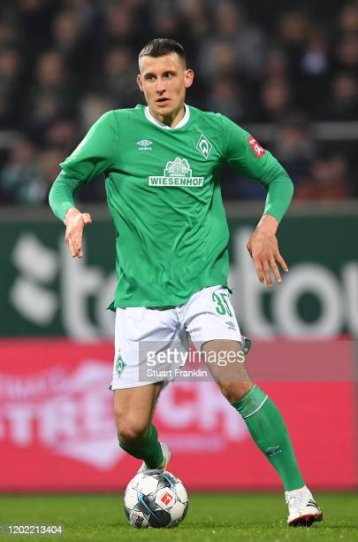 Maximilian Eggestein of Bremen in action during the Bundesliga match between SV Werder Bremen and TSG 1899 Hoffenheim at Wohninvest Weserstadion on...