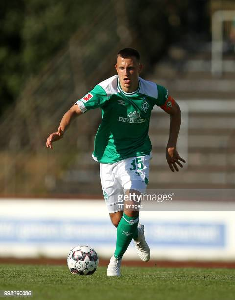 Maximilian Eggestein of Werder Bremen controls the ball during the friendly match between OSC Bremerhaven and Werder Bremen on July 10 2018 in...