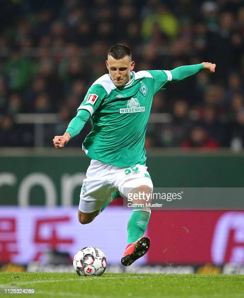 Maximilian Eggestein of Werder Bremen in action during the Bundesliga match between SV Werder Bremen and Eintracht Frankfurt at Weserstadion on...