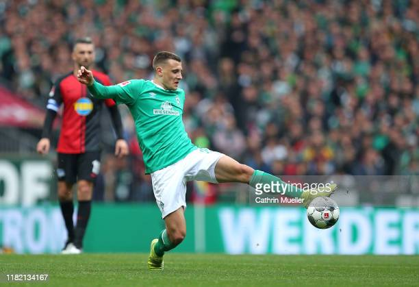 Maximilian Eggestein of Werder Bremen in action during the Bundesliga match between SV Werder Bremen and Hertha BSC at Wohninvest Weserstadion on...