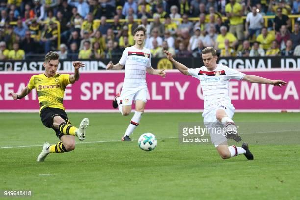 Maximilian Philipp of Dortmund scores a goal to make it 30 during the Bundesliga match between Borussia Dortmund and Bayer 04 Leverkusen at Signal...