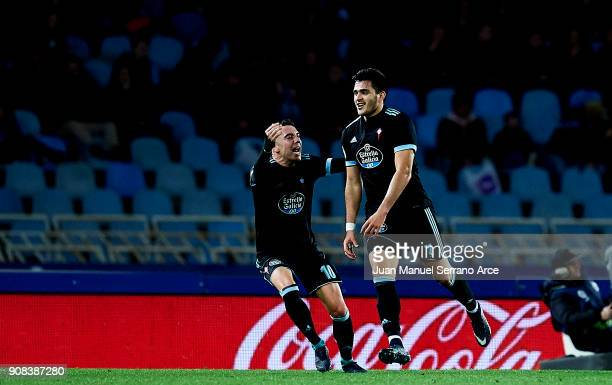 Maximiliano Gomez of RC Celta de Vigo celebrates with his teammates Iago Aspas of RC Celta de Vigo after scoring his team's second goal during the La...