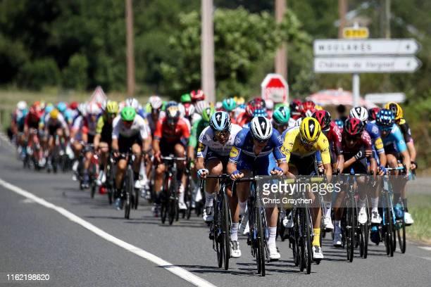 Maximiliano Richeze of Argentina and Team Deceuninck - Quick-Step / Yves Lampaert of Belgium and Team Deceuninck - Quick-Step / Julian Alaphilippe of...
