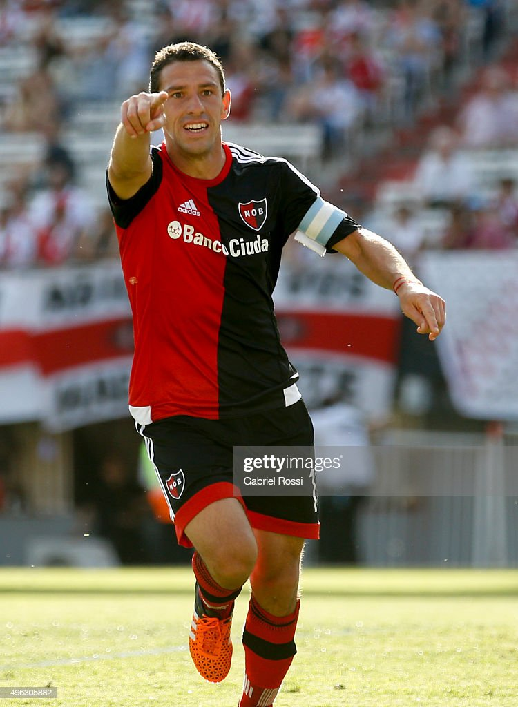 River Plate v Newell's Old Boys - Torneo Primera Division 2015