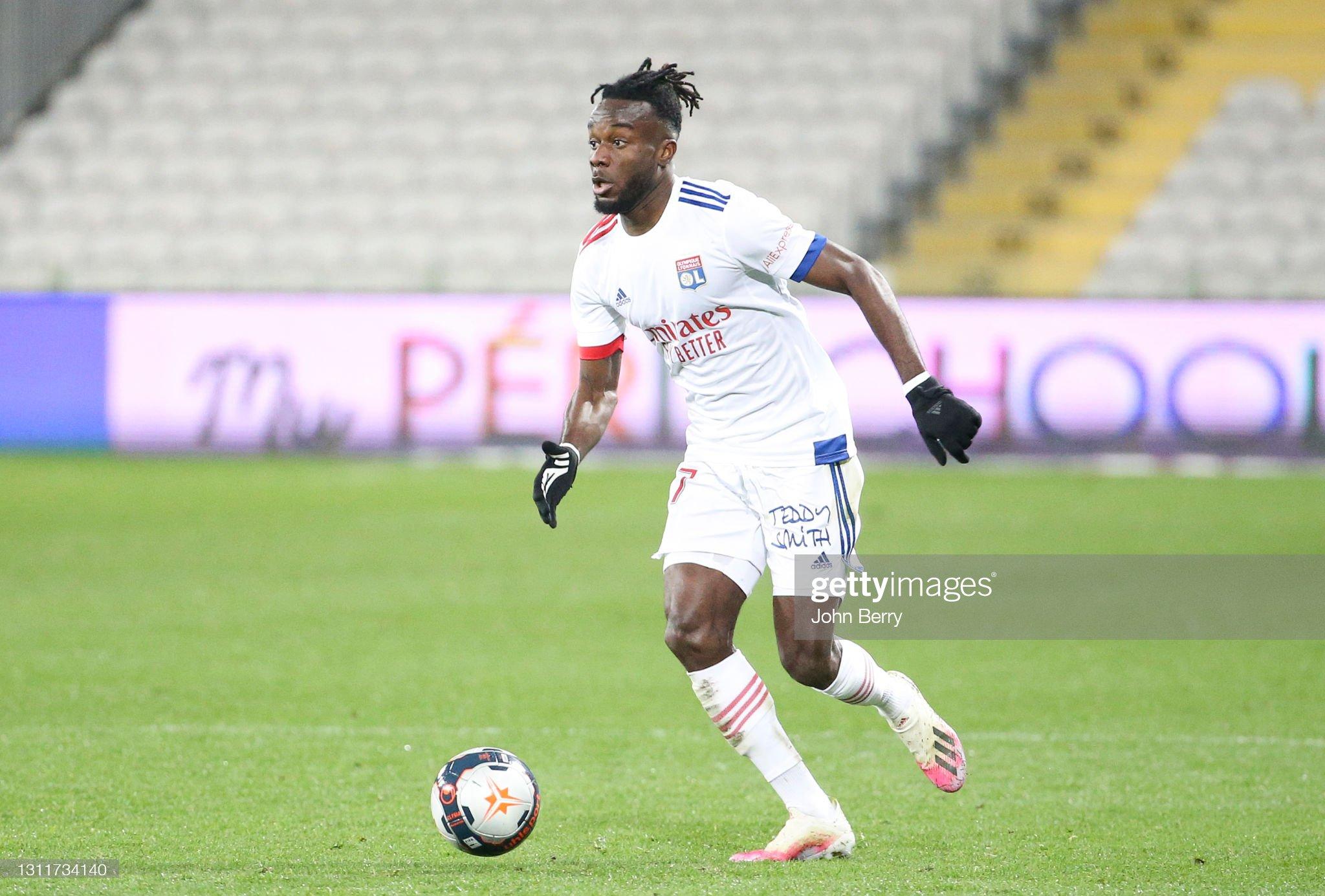 RC Lens v Olympique Lyonnais - Ligue 1 : ニュース写真