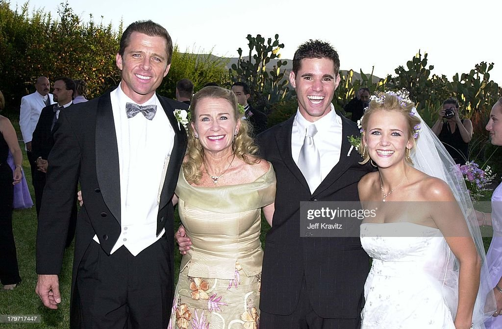 David Tuchman and Melissa Caulfield Wedding, 2001 : News Photo