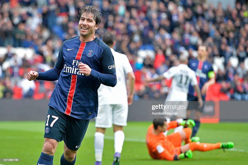 Paris Saint-Germain v SM Caen - Ligue 1
