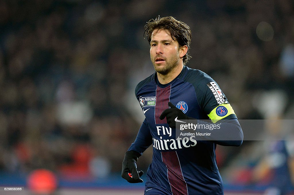 Maxwell of Paris Saint-Germain reacts during the French League Cup match between Paris Saint-Germain and Lille LOSC on December 14, 2016 in Paris, France.