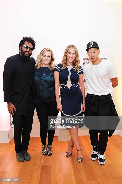 Maxwell Osborne Justine Koons Alison Brokaw and DaoYi Chow attend Gus Al Party Launching #yes Collection including Jeff Koons Limited Edition...