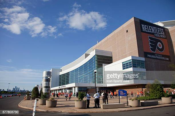 Outside view of the Wachovia Center prior to Game 1 of the NHL Eastern Conference Finals series between the Montreal Canadiens and the Philadelphia...
