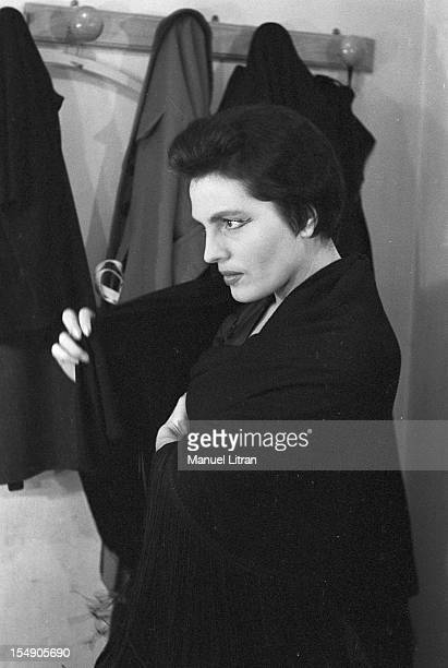 May 19 the Portuguese singer Amalia Rodrigues nicknamed the 'Queen of Fado' concert in the Olympia In her dressing room the singer is getting ready