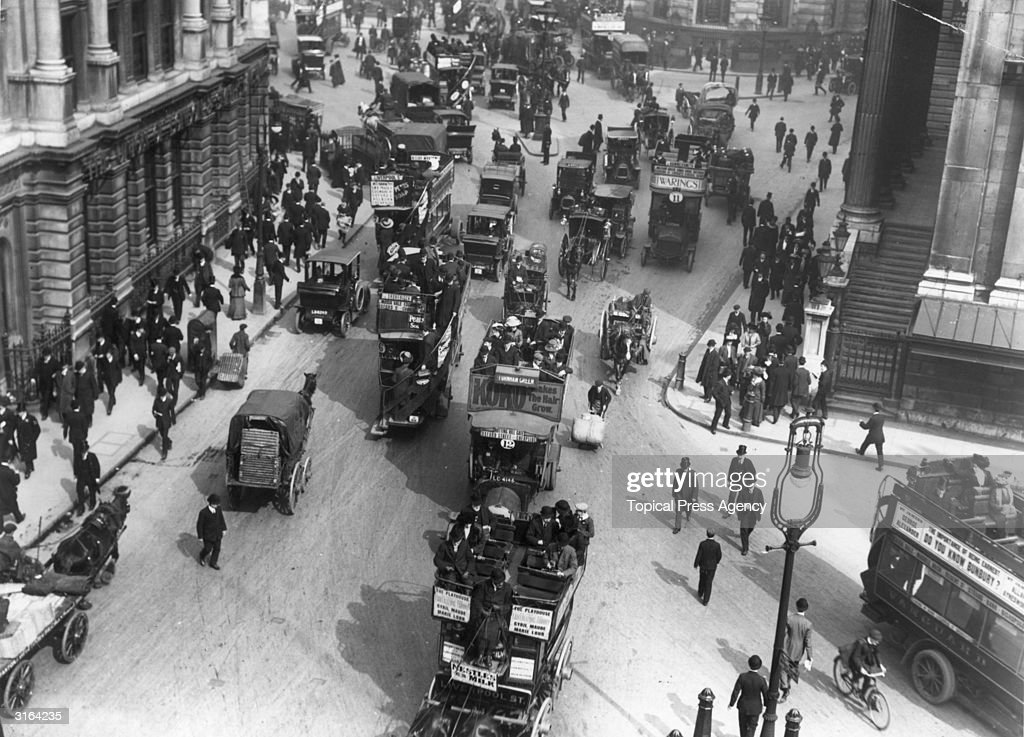 London Traffic : News Photo
