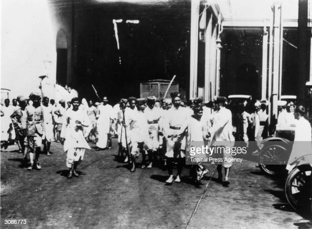 Rioters being arrested in Calcutta
