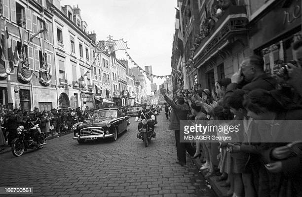 May 1959 Charles De Gaulle Travels In The Center Orleans Blois Tours Bourges Chateauroux Charles DE GAULLE président de la République française en...