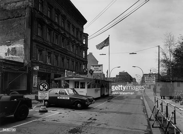 Checkpoint Charlie a crossingzone between West and East Berlin