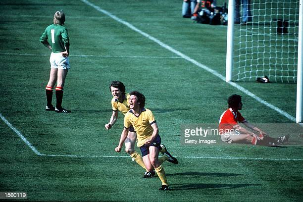 Alan Sunderland of Arsenal scores the winning goal during the FA Cup Final between Arsenal and Manchester United played at Wembley London Mandatory...