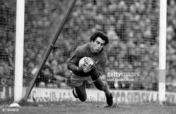 Football League Division One Arsenal v Nottingham Forest Forest goalkeeper Peter Shilton dives and catches the ball