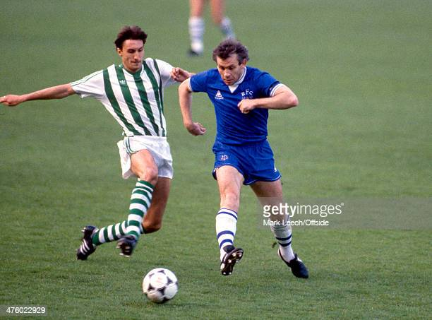 15 May 1985 European Cup Winners Cup Everton v Rapid Vienna Rudi Weinhofer of Vienna tries to shut down the pass from Peter Reid of Everton