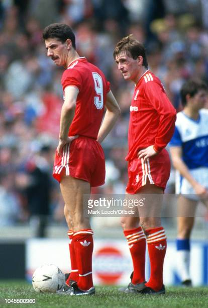 10 May 1986 FA Cup Final Liverpool v Everton Ian Rush and Kenny Dalglish of Liverpool prepare to kick off