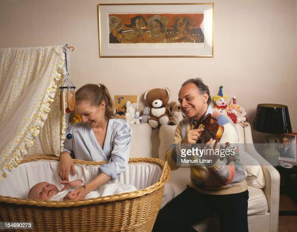 May 1988 during two concerts a Bercy the conductor Lorin MAAZEL in his apartment in Monaco His son Orson to sleep he took his Guadagnini violin rare...
