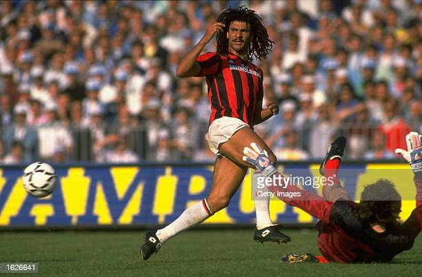 Ruud Gullit of AC Milan in action during the Serie A match against Napoli in Napoli Italy AC Milan won the match 32 Mandatory Credit Allsport UK...