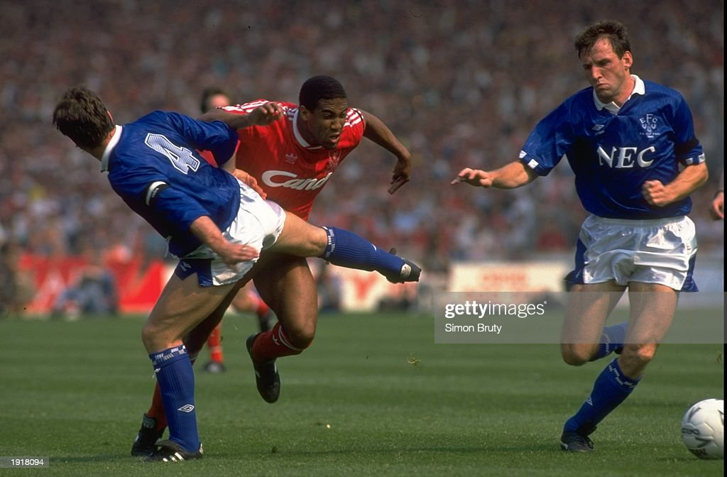 Kevin Ratcliffe, Dave Watson of Everton and John Barnes of Liverpool : News Photo