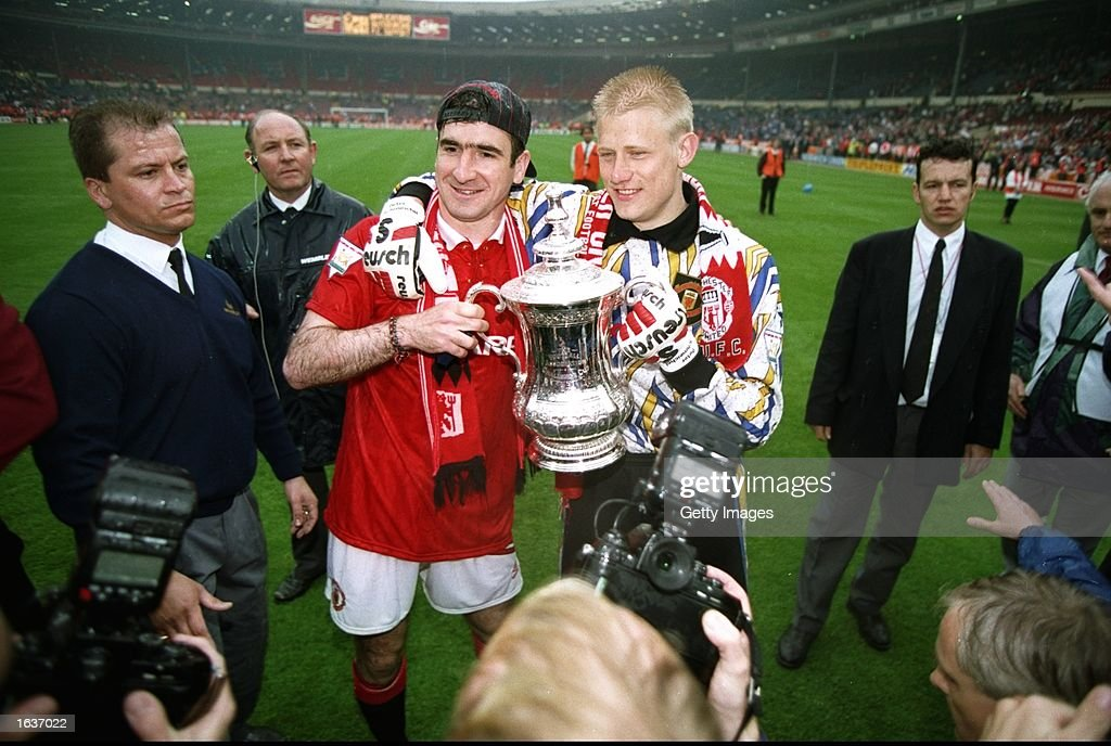 Eric Cantona and Peter Schmeichel of Manchester United : News Photo