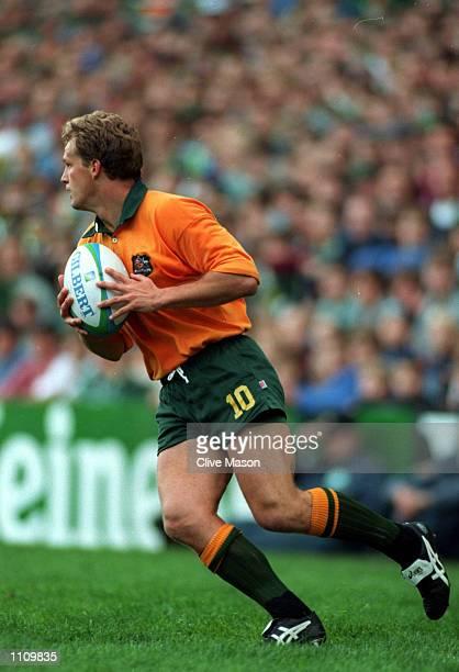 Heineken Rugby World Cup Australia 18 v 27 RSA Michael Lynagh of Australia in action Mandatory Credit Clive Mason/ALLSPORT