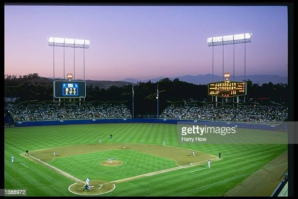 General view of a game between the Montreal Expos and the Los Angeles Dodgers at Dodger Stadium in Los Angeles California The Dodgers won the game 51...