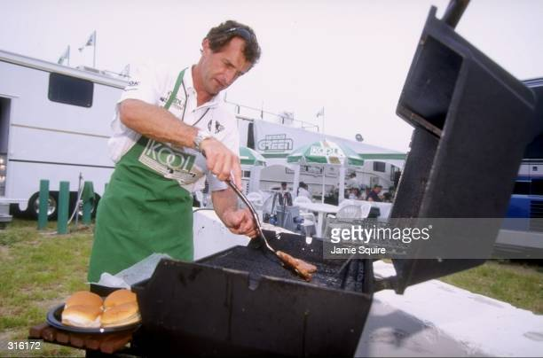 Barry Green barbeques during the CART Motorola 300 at the Gateway International Raceway in Madison Illinois Mandatory Credit Jamie Squire /Allsport