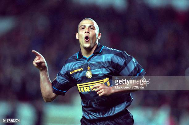 May 1998 Paris, UEFA Cup Final - Lazio v Internazionale - Ronaldo celebrates the third goal for Internazionale