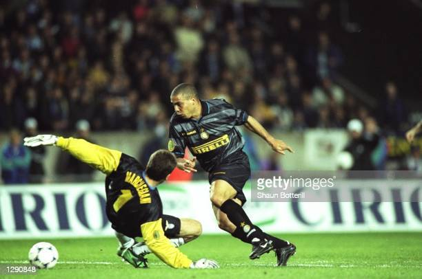 Ronaldo of Inter Milan scores their third goal during the UEFA Cup final against Lazio at Parc des Princes in Paris Inter Milan won the match 30...