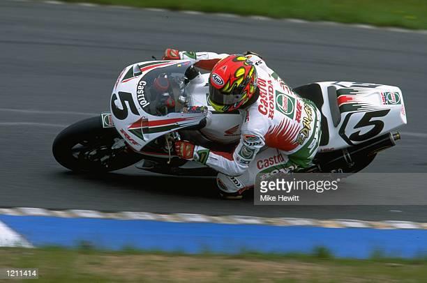 Colin Edwards races the Honda during the World Superbikes at Donington England Mandatory Credit Mike Hewitt /Allsport