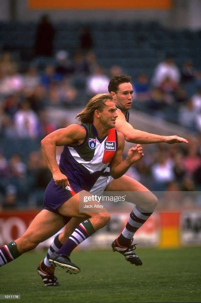 Tony Modra of Fremantle in action during the Round 7 AFL Football match against Geelong played at the Subiaco Oval in Perth, Australia. \ Mandatory Credit: Jack Atley /Allsport