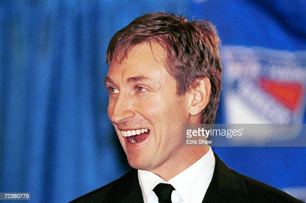 Wayne Gretzky of the New York Rangers announces his retirement from professional hockey at a press conference at Madison Square Garden in New York...