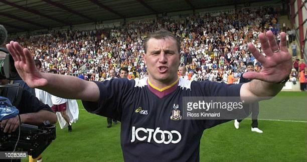 Bradford Manager Paul Jewell celebrates after the Bradford City v Liverpool FA Carling Premiership match at The Vally Parade Stadium, Bradford,...