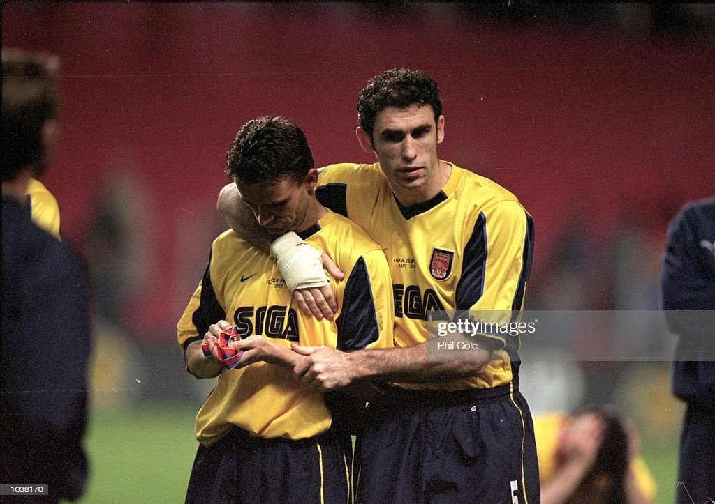 Marc Overmars, Martin Keown : News Photo