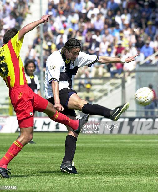 Dino Baggio of Parma in action during the Serie A match betwen Parma and Lecce at the Ennio Tardini Stadium, Parma, Italy. Mandatory Credit: Grazia...