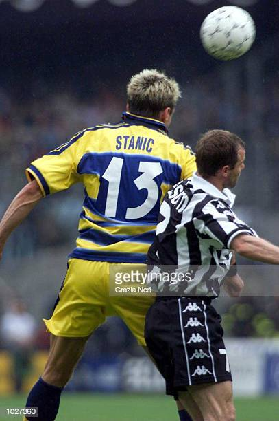 Mario Stanic of Parma wins a header during the Serie A match between Juventus and Parma at the Stadio Delle Alpi Turin Italy Mandatory Credit Grazia...