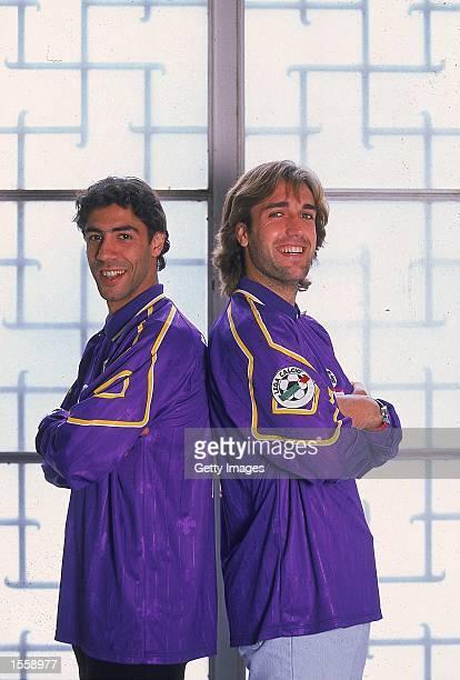 Portrait of Rui Costa and Gabriel Batistuta of Fiorentina taken during a Portuguese sport photocall in Lisbon, Portugal. Picture by Nuno Correia. \...