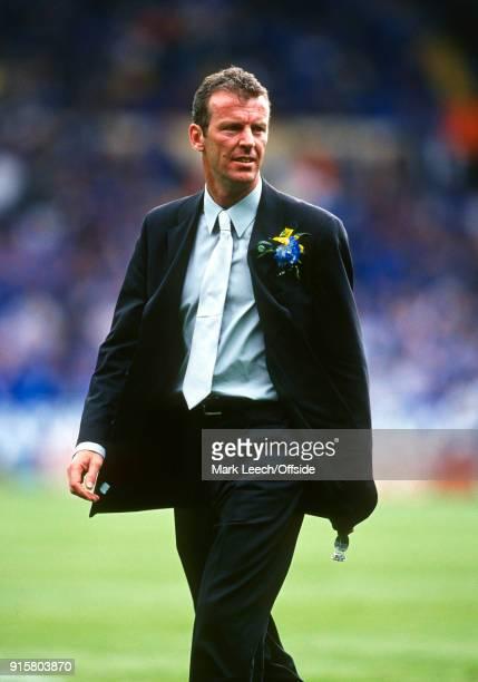 20 May 2000 Wembley FA Cup Final Aston Villa v Chelsea Chelsea FC coach Graham Rix
