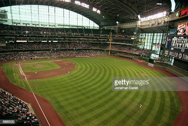 General view of the outfield at the Brewers'' new Stadium Miller Park in Milwaukee, Wisconsin.Mandatory Credit: Jonathan Daniel /Allsport