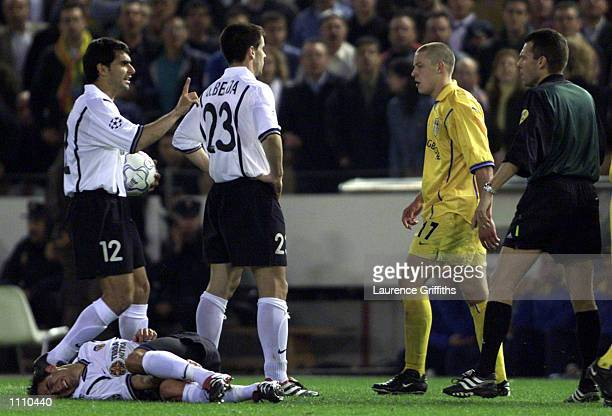 Alan Smith of Leeds is sent off after a horrific challenge on Vicente of Valencia during the match between Valencia and Leeds United in the UEFA...