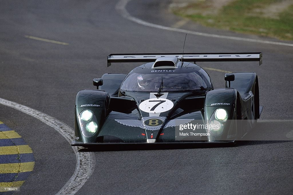 Team Bentley, Brundle, Ortelli, Smith : News Photo