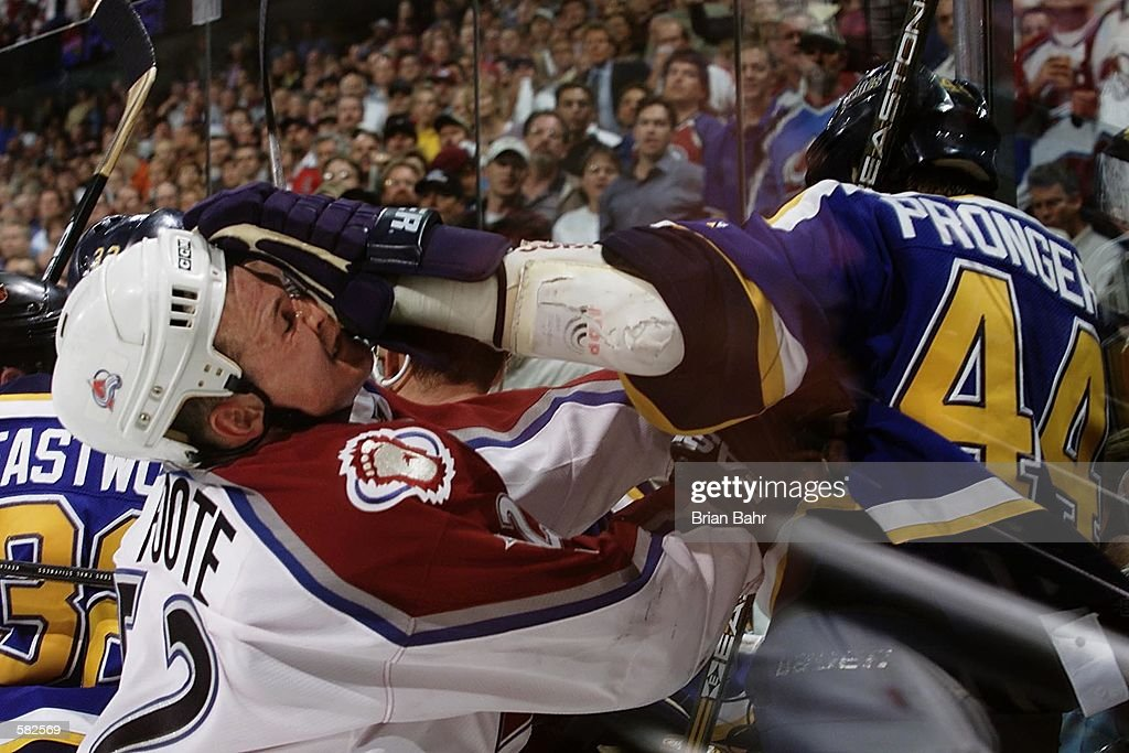 Blues v Avalanche X Pronger : News Photo