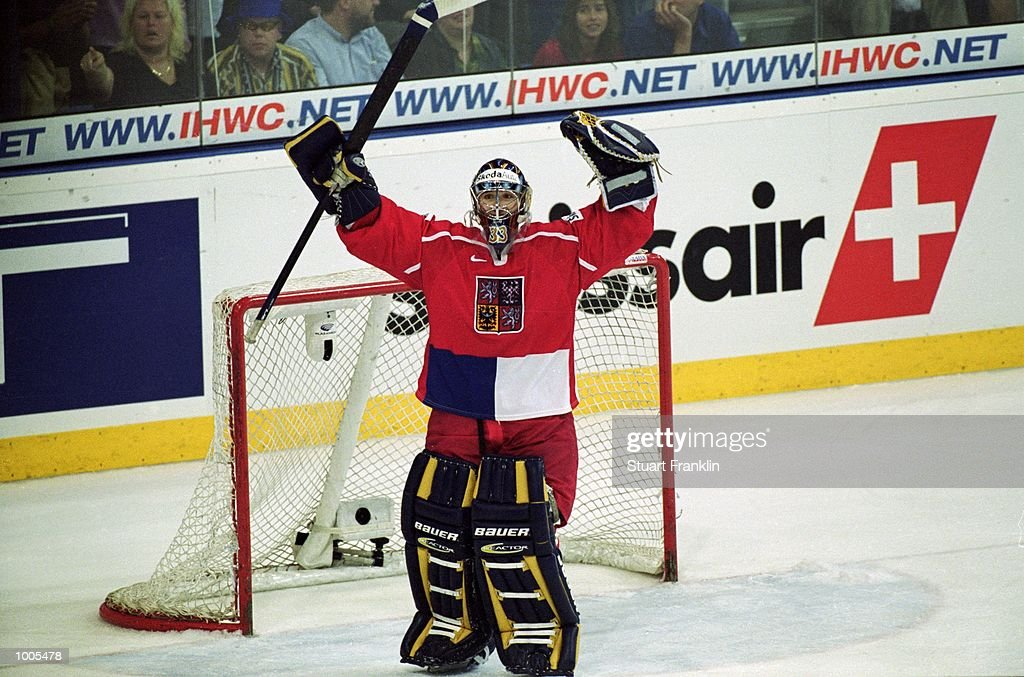 Czechoslavakia Goal-tender Milan Hnilicka celebrates during the IIHF World Ice Hockey Championships match against Sweden played at the Preussag Arena in Hannover, Germany. \ Mandatory Credit: Stuart Franklin /Allsport