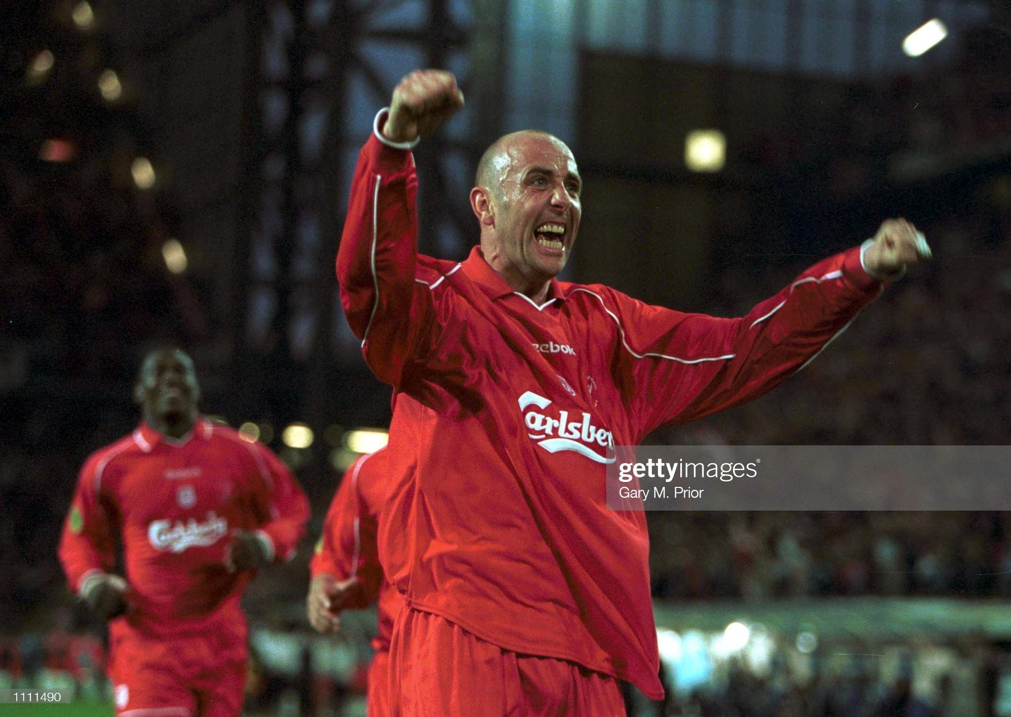 Liverpool v Alaves : News Photo